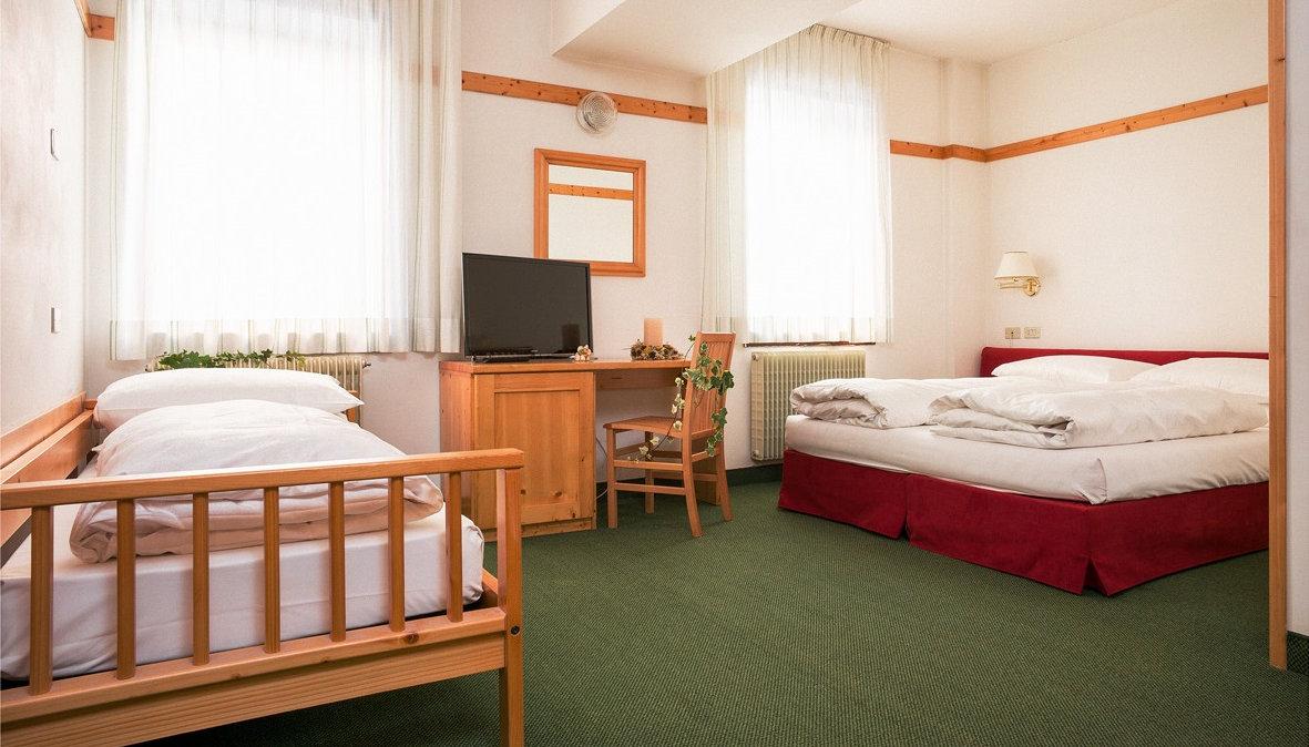 hotel-stella-italia-folgaria-camera-tripla