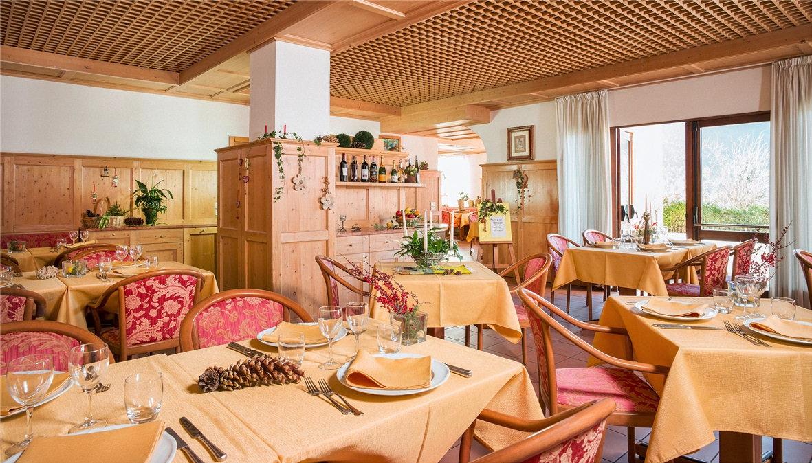 hotel-stella-italia-folgaria-sala-ristorante